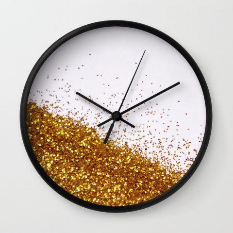 Orologio impreziosito da glitter