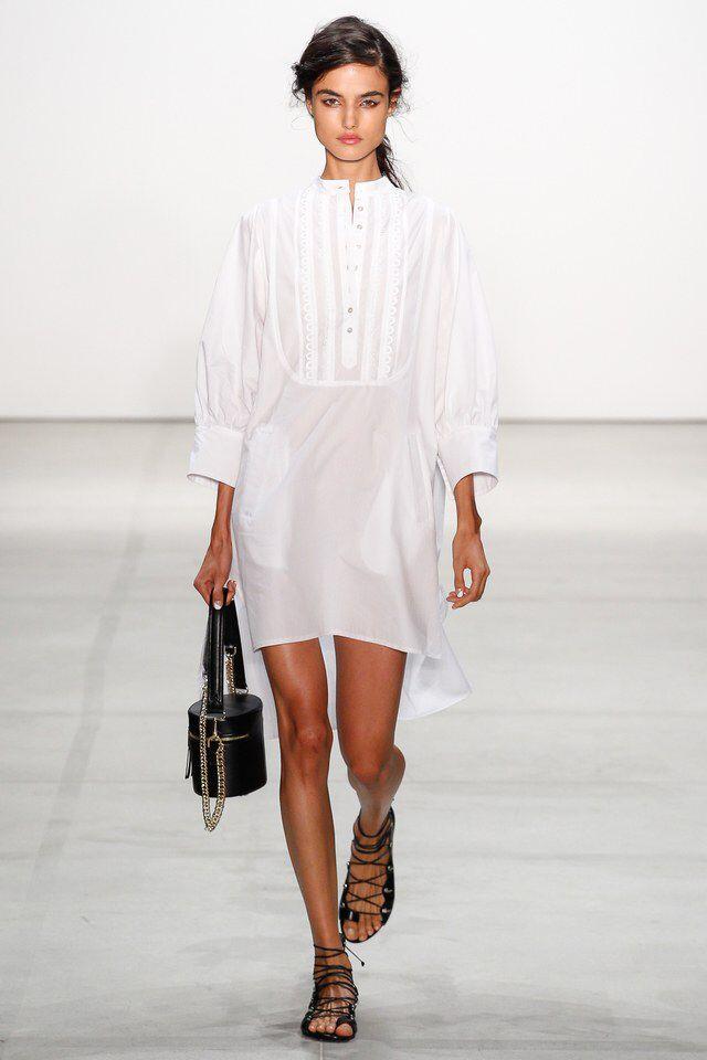 Moda primavera-estate 2017, abito chemisier bianco