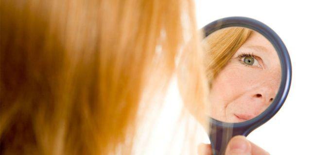 Quel momento in cui allo specchio scopri di avere i primi capelli bianchi...