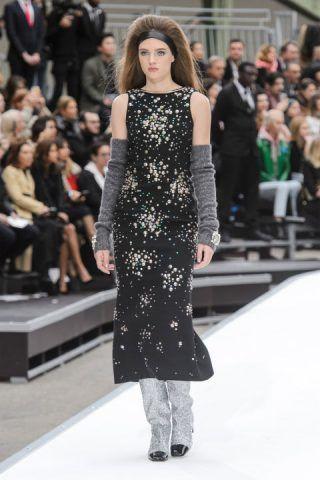 Paris Fashion Week, l'abito stellato di Chanel