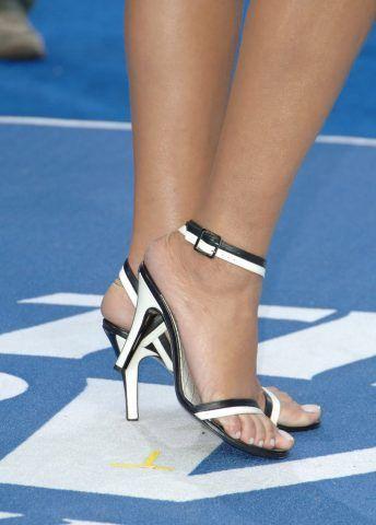 I piedi di Rihanna