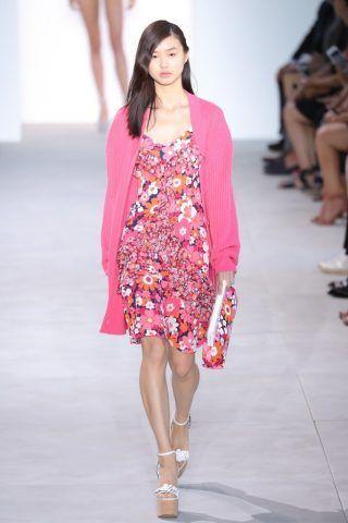 Abito floreale rosa di Michael Kors per la primavera-estate 2017
