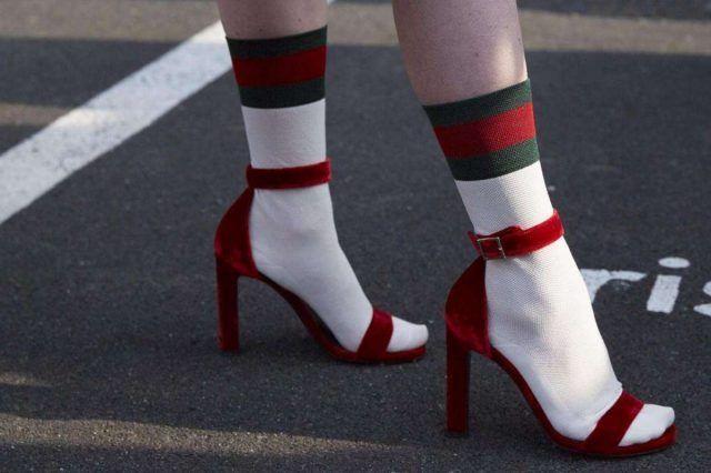 E poi...Calzini di Gucci con sandali rossi.