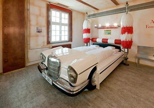 Dormire in una Cadillac