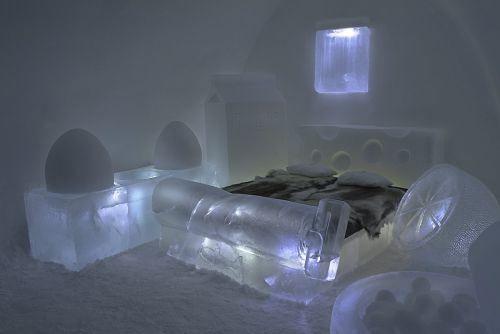 Dormire in un hotel di ghiaccio
