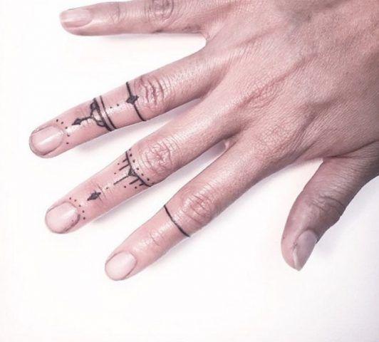 Anelli sulle dita