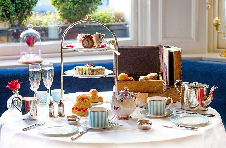 La sala da tè del The Kensington Hotel