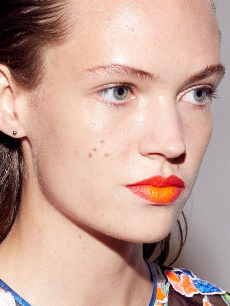 Make up labbra primavera-estate 2017, arancione