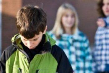 Insulti, violenze, botte. Così la vita di un adolescente può diventare un inferno!