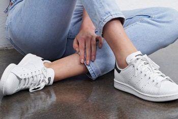 Come indossare le sneakers bianche