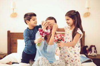Regali per la festa della mamma: idee carine per renderla felice