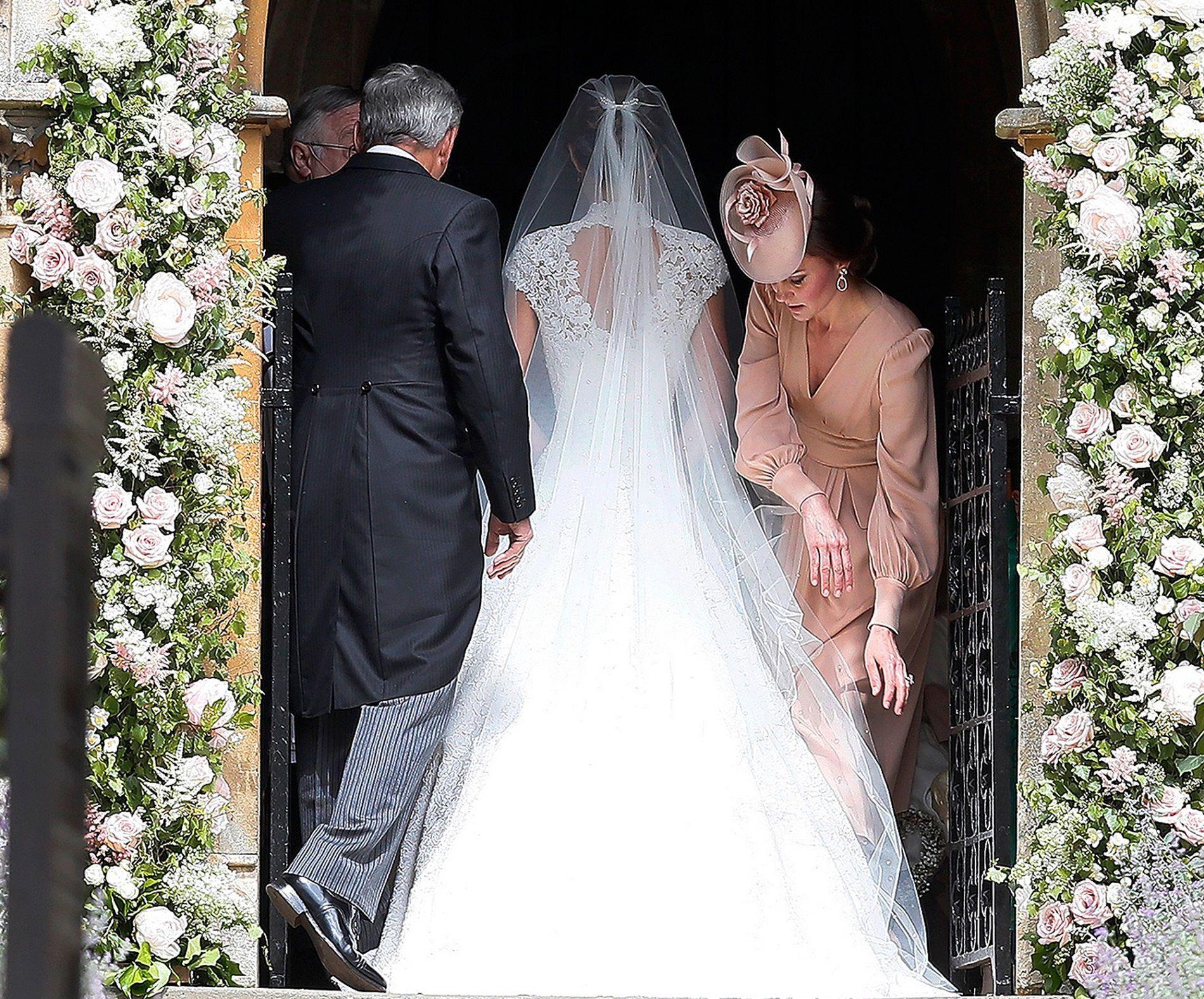 Matrimonio Pippa Middleton : Il regalo di kate middleton alla sorella pippa nel giorno del