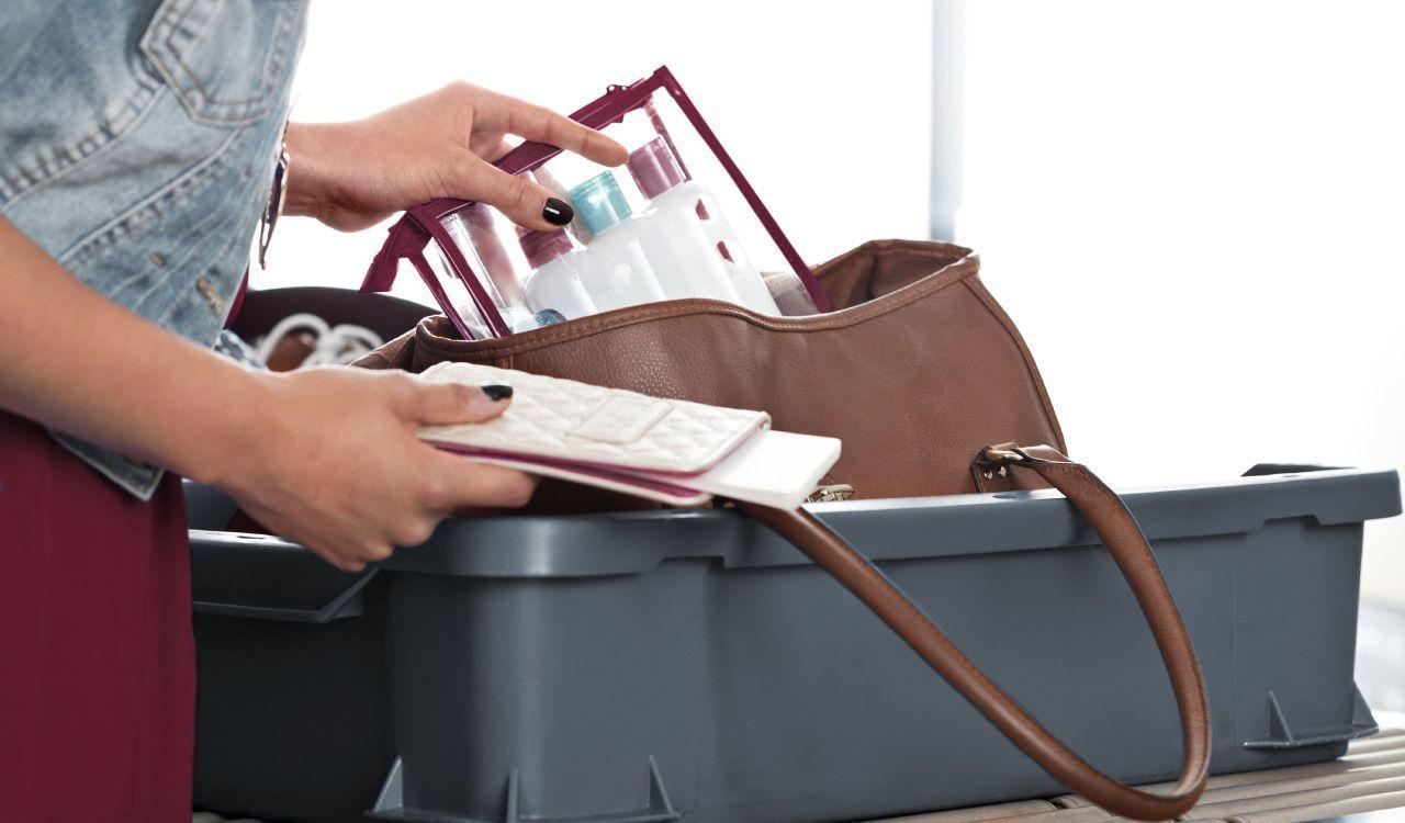 Quali prodotti di bellezza possiamo portare come bagaglio - Si puo portare il phon nel bagaglio a mano ...