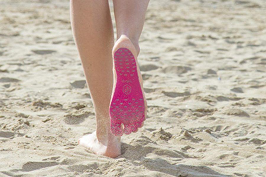 NakeFit, le scarpe-non-scarpe per andare in spiaggia