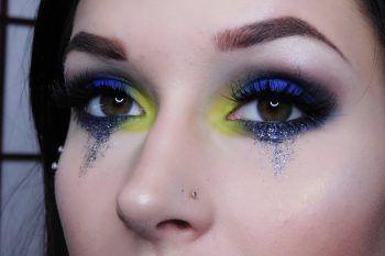 Lacrime di glitter, la nuova tendenza beauty su Instagram