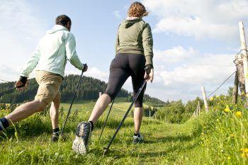 Tutti i benefici del nordic walking