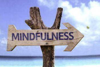Come imparare la mindfulness e vivere felici e sereni