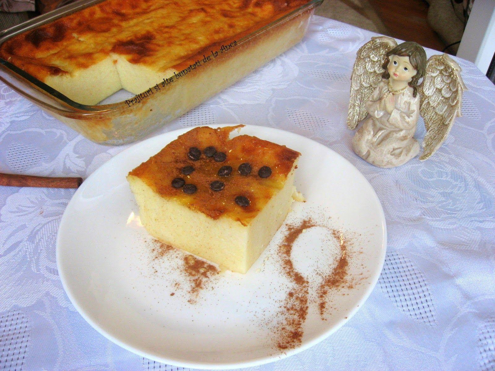 A questo punto potete togliere dal fuoco aggiungete i semi della bacca di  vaniglia, mescolando con la frusta il composto. Aggiungete il burro,  continuando
