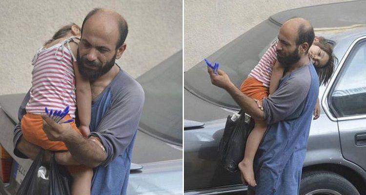 Vendeva penne fino a quando qualcuno non gli ha scattato questa foto