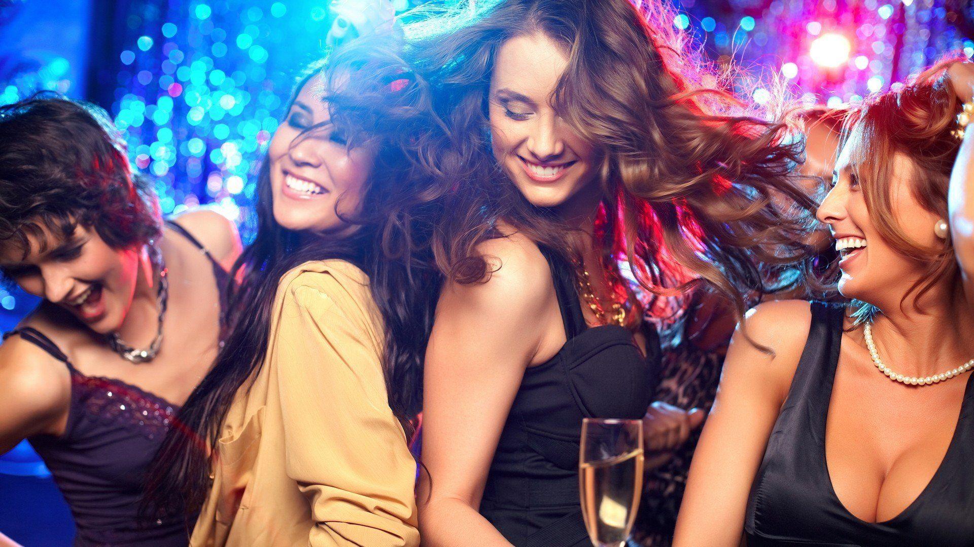 Perché se siamo in difficoltà in discoteca dobbiamo chiedere di Luisa?