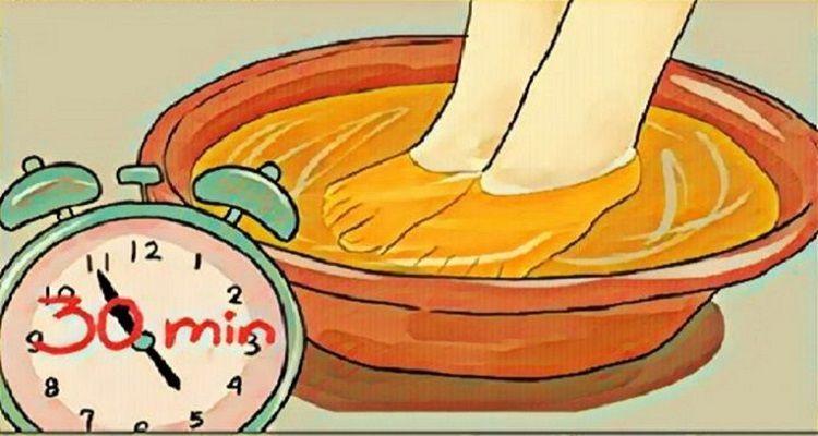 L'aceto, un ingrediente che sgonfia i piedi