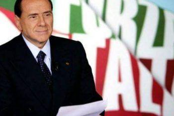 """""""Pensione minima a 1000 euro e un nuovo ministero della terza età"""". Le promesse di Berlusconi a favore degli anziani"""