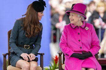 Primo Natale insieme: ecco cosa ha regalato Kate Middleton alla Regina