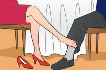Cose che le donne fanno inconsciamente e che accendono gli uomini