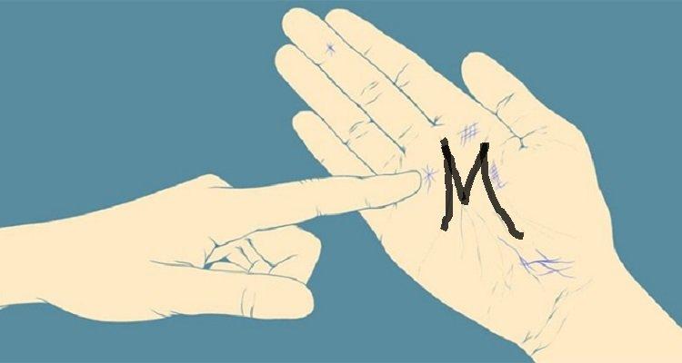 La M nel palmo della mano ha un significato speciale