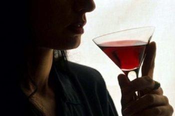 Le donne che bevono sono le più intelligenti