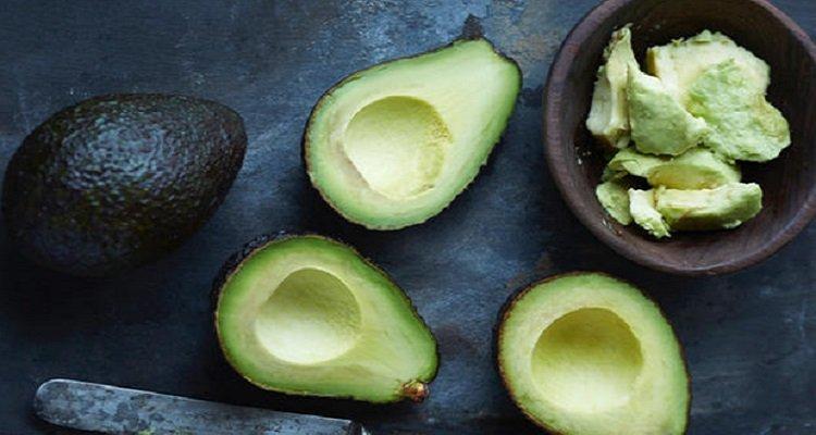 Cosa succede al vostro corpo se mangiate avocado tutti i giorni