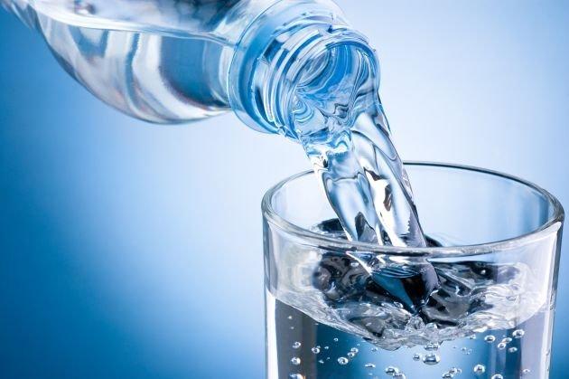 come-vincere-stanchezza-acqua