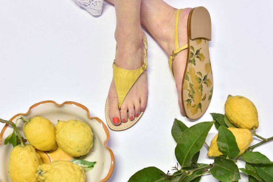Pare che le prime testimonianze di sandali ci arrivino dal periodo egizio daa93a19adb