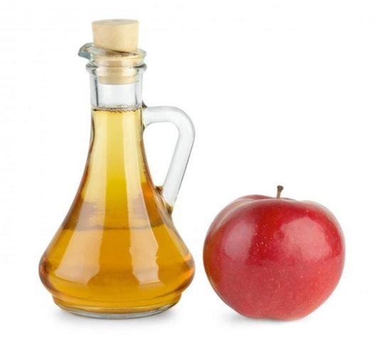 aceto di mele e perossido di idrogeno come rimedio per la micosi