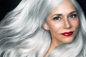 I capelli bianchi non sono sintomo di vecchiaia o malattia
