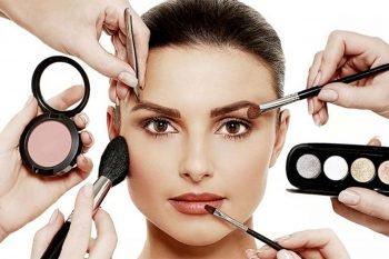 Make up in pausa pranzo: i consigli dell'esperta