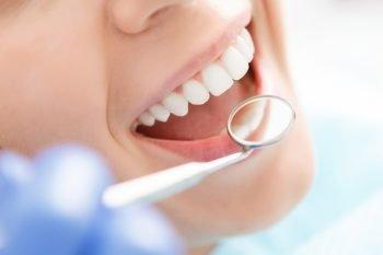 Oral Cancer Day: visite gratuite per la lotta al tumore alla bocca