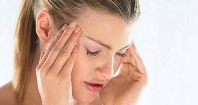 Cosa causa le vertigini, i sintomi e quando preoccuparsi..