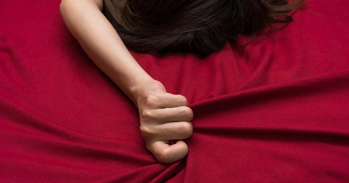 Perché le donne gemono nell'intimità?