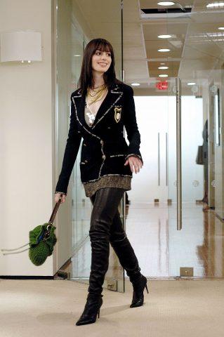 Anne Hathaway in Il diavolo veste Prada (2006)