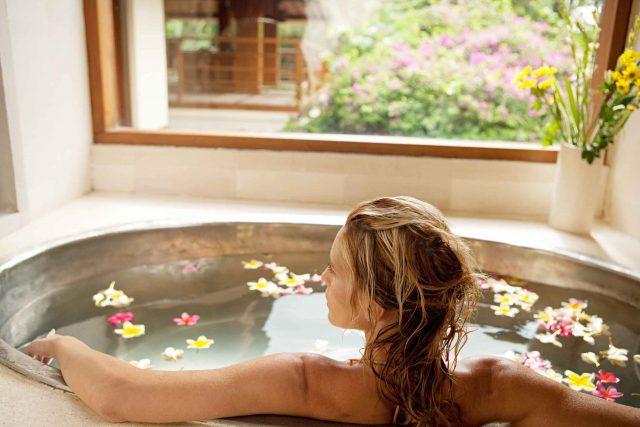 Bagno Rilassante Con Oli Essenziali : Bagno caldo rilassante consigli per un momento di relax