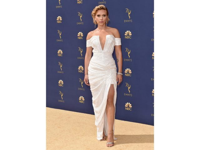 Scarlett Johansson in Balmain - @Getty Images