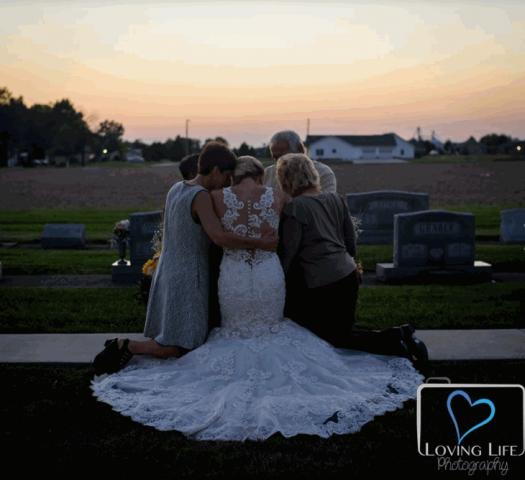 le-foto-strazianti-del-matrimonio-che-non-c'è-mai-stato 4