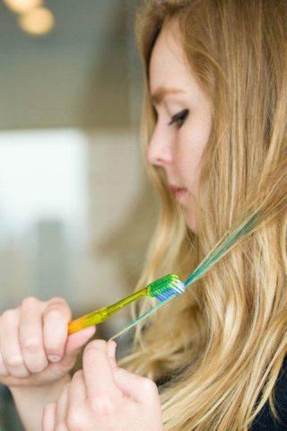 come-utilizzare-lo-spazzolino-oltre-alligiene-orale7