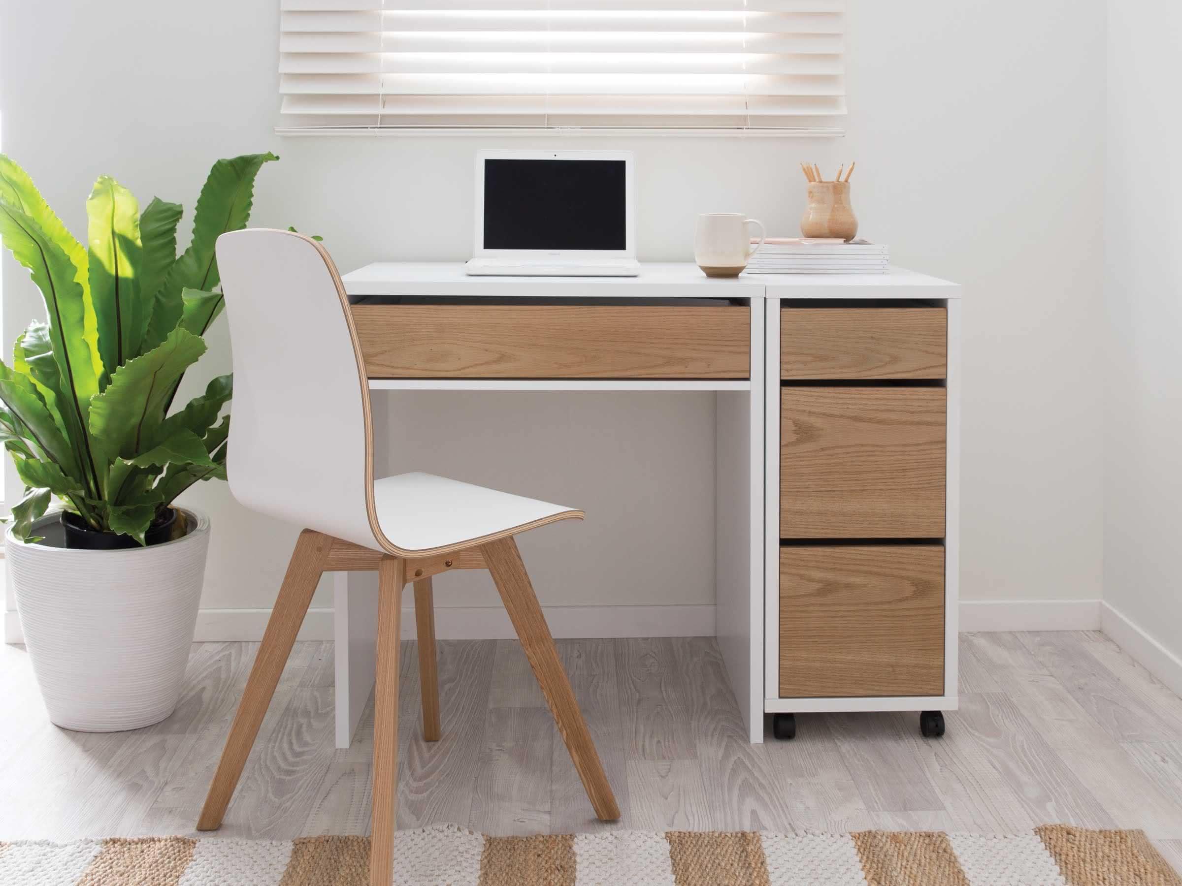 Come rendere la scrivania più bella, per lavorare meglio