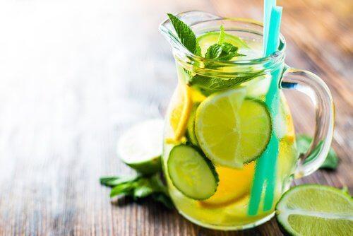 non-devi-chiedere-una-fetta-di-limone-nella-tua-bibita2