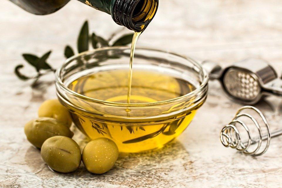 Olio d'oliva, previene infiammazione e tumore intestinale