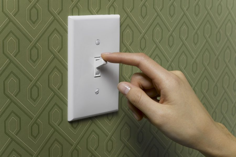 trucchi per consumare meno energia elettrica