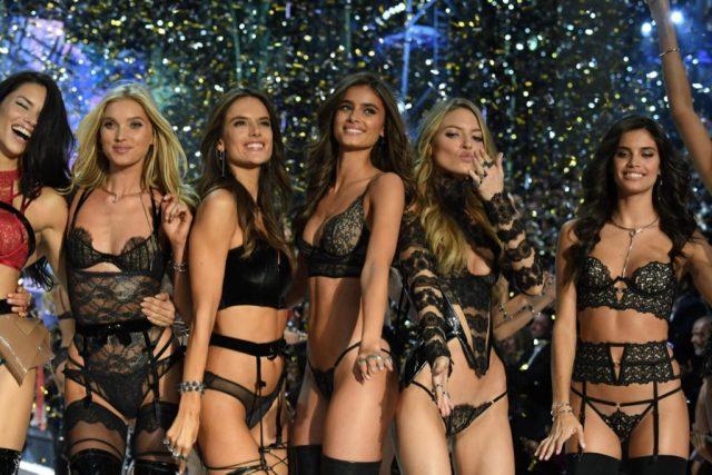 victorias-secret-apre-il-primo-negozio-di-lingerie-in-italia