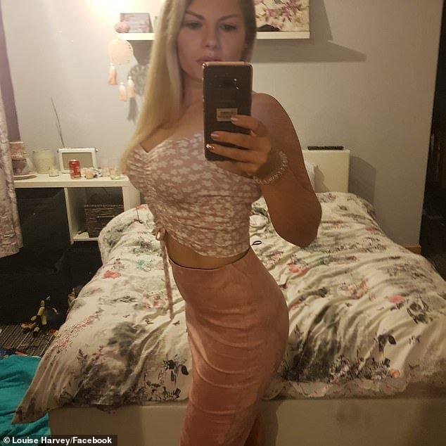 36enne si opera al seno perché lo vuole più grande e muore per una trombosi